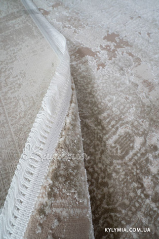 Килим LEVADO 03914A light beige-ivory